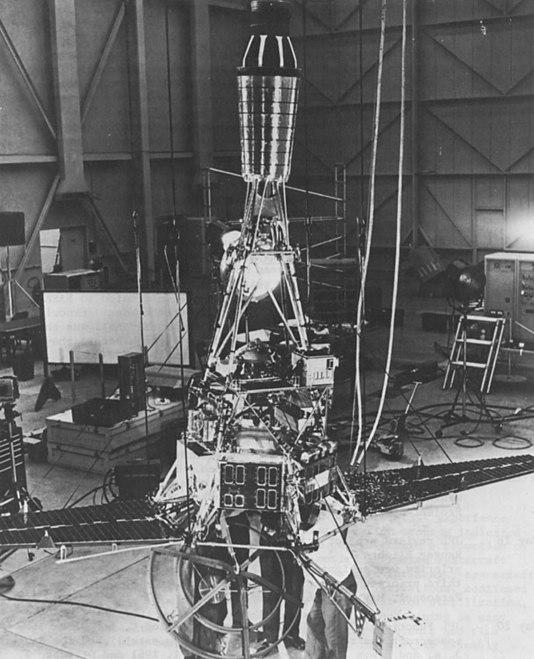 nasa ranger spacecraft - 608×750
