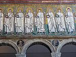 Ravenna, sant'apollinare nuovo, int., santi martiri offerenti, epoca del vescovo agnello, 05.JPG