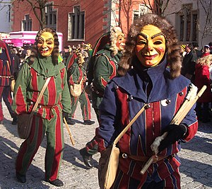 Papierkrattler masks at the Narrensprung 2005 ...