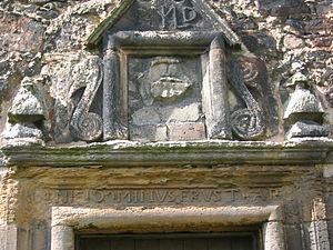 Redhouse Castle - Image: Redhouse Castle Motto