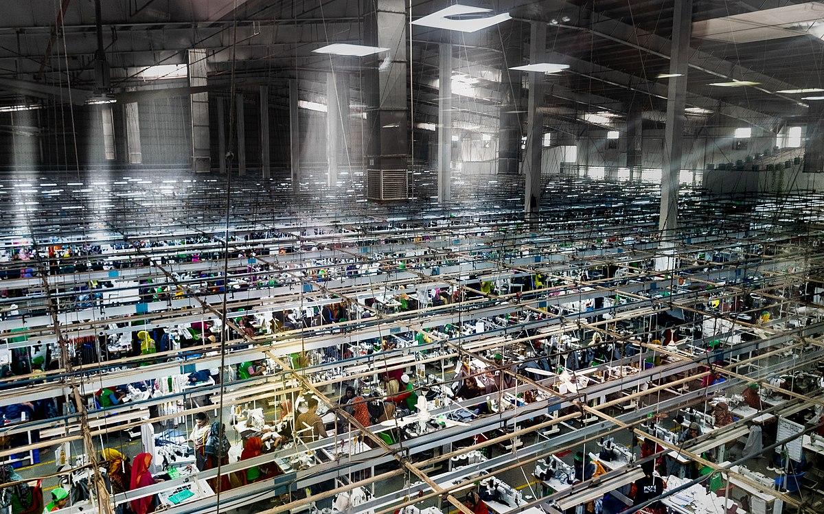 Comprensión Educación escolar misericordia  Textile industry in Bangladesh - Wikipedia