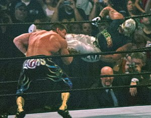 "Lucha libre - Rey Mysterio Jr. hitting the ""619"" on Eddie Guerrero"