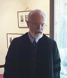 http://upload.wikimedia.org/wikipedia/commons/thumb/b/b6/RobertMerrihewAdams20060625.jpg/220px-RobertMerrihewAdams20060625.jpg