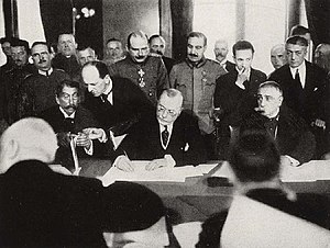 Alexandru Marghiloman - Alexandru Marghiloman signing the Treaty of Bucharest on May 7, 1918