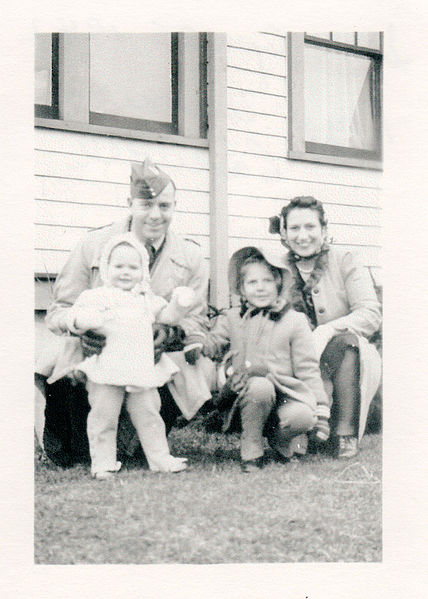 File:Roy and Veronica Cadwell - Flinton, 1942 (16911080758).jpg