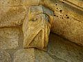 Saint-Amand-de-Coly église modillon (5).JPG