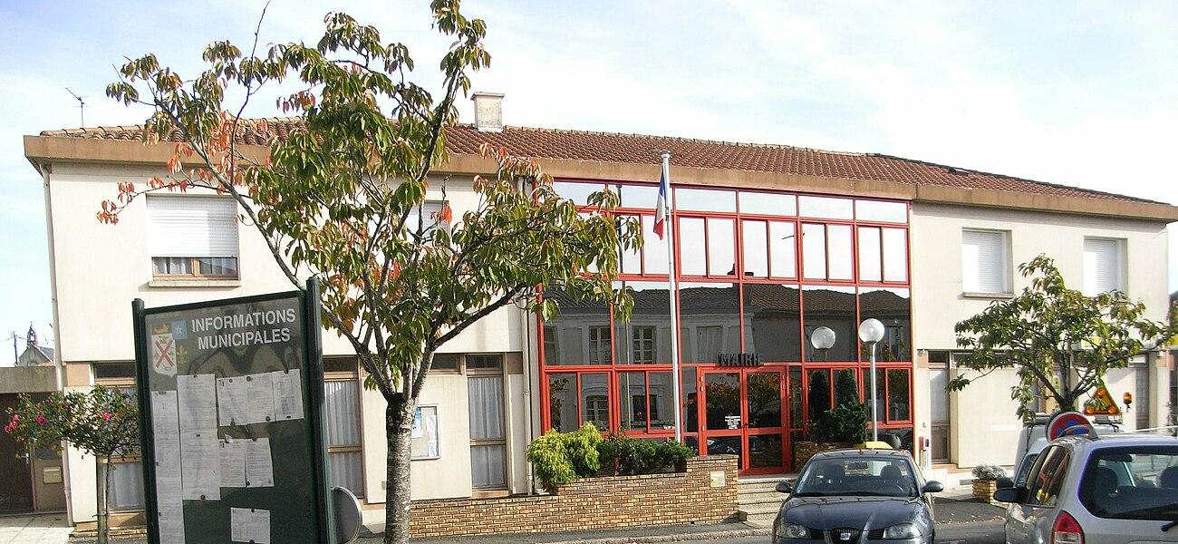 Mairie de la commune de Saint-André-de-la-Marche dans le Maine-et-Loire (France)