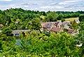 Saint-Cénéri-le-Gérai Blick von der Kirchterrasse auf die Sarthe & den Vieux-Pont 1.jpg