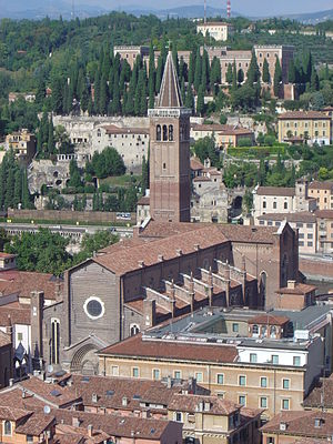 Sant'Anastasia (Verona) - View of Santa Anastasia from the Torre dei Lamberti.