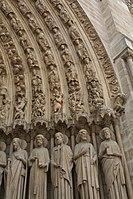 Saints in Portal, Notre-Dame, Paris (3605120325).jpg
