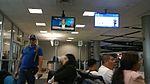 Sala de espera y puerta E12 de George Bush Intercontinental Airport, operada por United Airlines (Aerolíneas Unidas).jpg