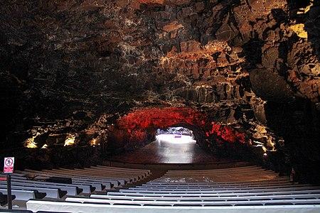 Salle de concert à Jameos Del Agua.jpg