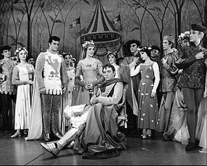 Camelot (musical) - Robert Goulet, Julie Andrews, Richard Burton, and the original Broadway cast