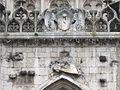 Sculptures mutilées de la cathédrale de Toul.JPG