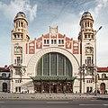 Secesní budova Hlavního nádraží.jpg