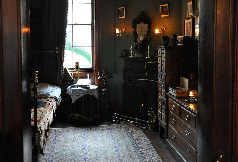File:Sherlock Holmes Museum 004.jpg