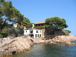 Shoreline view of Fornells, Catalonia.jpg