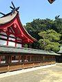 Side view of honden of Munakata Grand Shrine (Hetsu Shrine) 2.jpg