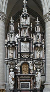Sint-Martinuskerk (Aalst) - Sacramentstoren.JPG