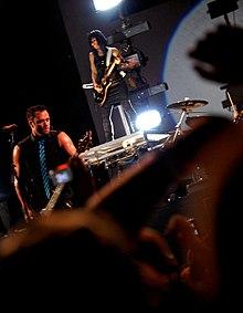 Skillet performi...B 52 Band Wiki