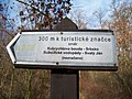 Směrovka nedaleko Kubrychtovy boudy.jpg