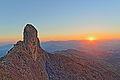 Sol Poente e a Pedra do Baú.JPG