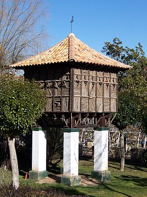 dovecote in Alameda de Cervantes Park in Soria...