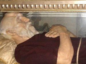Giuseppe Balbo - Image: Statua di cera contenente le reliquie di Sant'ampelio, Chiesa Santa Maria Maddalena