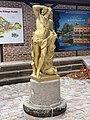 Statue Bacchus Place Jean Blanc Vonnas 2.jpg