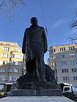 Statue de face de Winston Churchill (Uccle).jpg