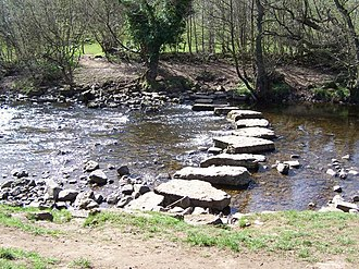 River Cover - Image: Stepping stones over the River Cover geograph.org.uk 416069