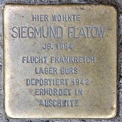 Photo of Siegmund Flatow brass plaque
