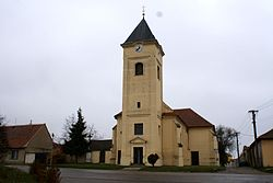 Strachotín church 01.JPG