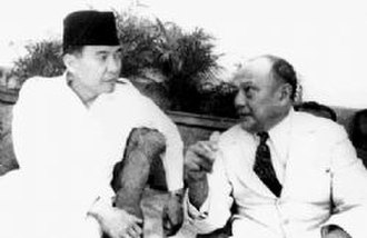 Sam Ratulangi - Ratulangi with Sukarno in 1948