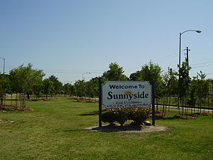 Sunnyside, Houston - A sign indicating Sunnyside's location
