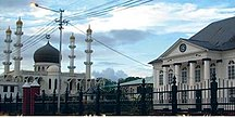 Suriname-Religione-Synagoge next to a mosque