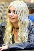 Taylor Momsen 2011.jpg
