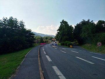 Ternand - RD 385 direction Chamelet (juil 2018).jpg