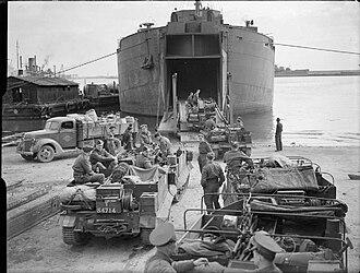 Landing Ship, Tank - HMS Bachaquero