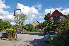 The White Horse Maplehurst (geograph 5146358).jpg