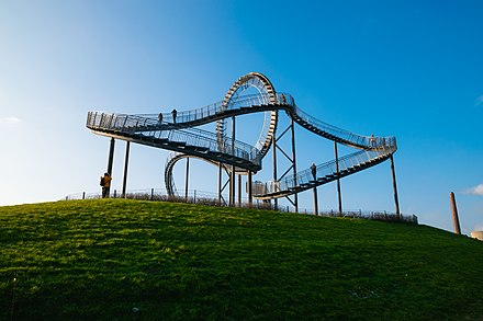 Tiger & Turtle, a landmark in Duisburg Tiger & Turtle - Magic Mountain (CC0).jpg