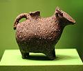 Tongefäß der Sarmaten. Grabbeigabe Nekropole Neisatz (3. Jh. n. Chr.).jpg