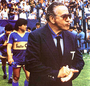 Juan Carlos Lorenzo - Lorenzo as coach of Boca Juniors in 1987, his second tenure on the club.