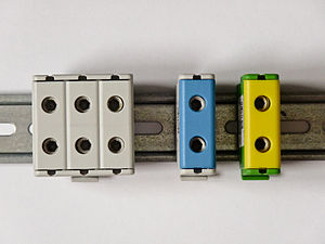 Terminal blocks for joining aluminium and copp...