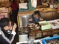 Tsukiji fish market 12.jpg