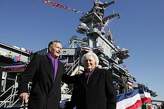 USS George H.W. Bush - George H. W. Bush and Barbara Bush depart the ship following the commissioning ceremony