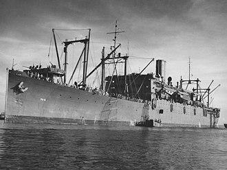 Harris-class attack transport - Image: USS Hunter Liggett (APA 14) c 1944