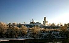 Vissotzki monastery in Serpukhov winter.jpg