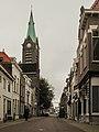 Vlaardingen, Heilige Johannes de Doperkerk in straatzicht foto3 2011-06-26 10.22.jpg