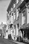 foto van Deftig herenhuis van vijf traveeën en twee verdiepingen afgesloten door rechte kroonlijst